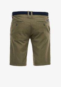 s.Oliver - SLIM FITBERMUDA - Shorts - khaki - 1