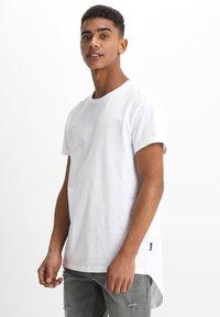 YOURTURN - Print T-shirt - bright white - 2