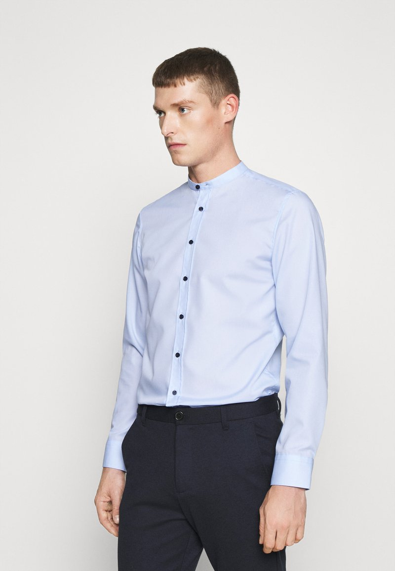 Seidensticker - MANDARIN TAPE SLIM FIT - Shirt - hellblau