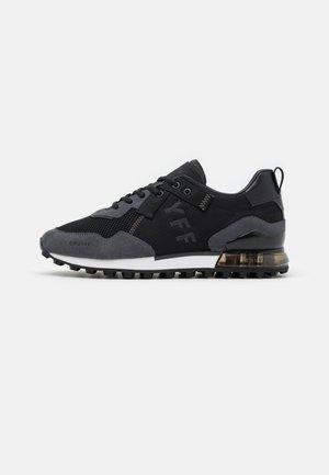 SUPERBIA - Sneakers laag - black/grey