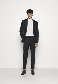 Calvin Klein Tailored - TONAL GRID CHECK EXTRAFINE PANT - Kalhoty - navy - 1