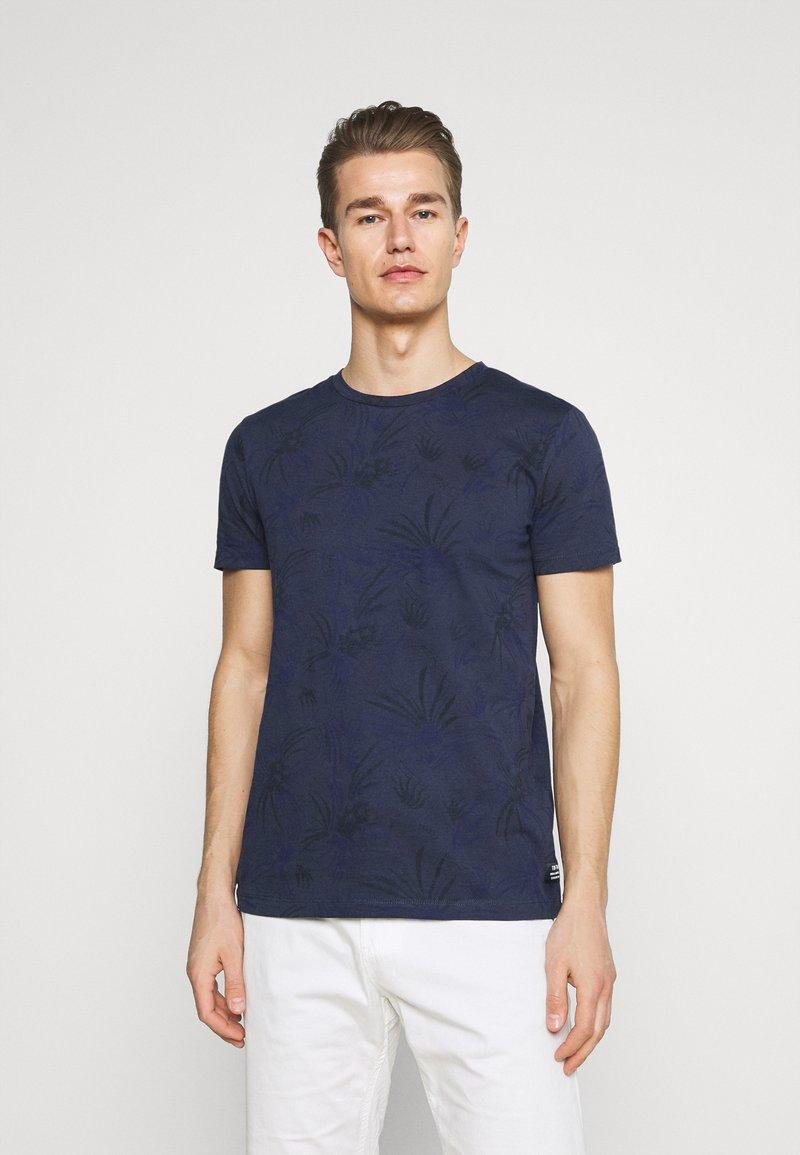 TOM TAILOR DENIM - ALLOVER PRINTED - Print T-shirt - navy blue