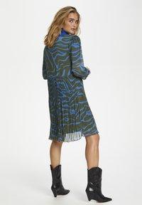 Denim Hunter - Day dress - blue zebra print - 3
