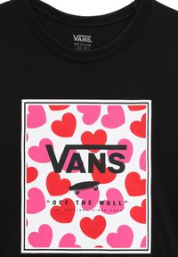 Vans - GR BOXED HEARTS - T-shirt print - black - 2