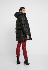 Hunter ORIGINAL - WOMENS ORIGINAL PUFFER JACKET - Winter coat - black - 2