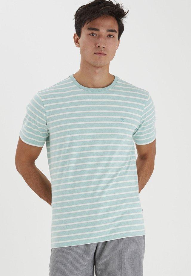 T-shirt con stampa - wasabi melange