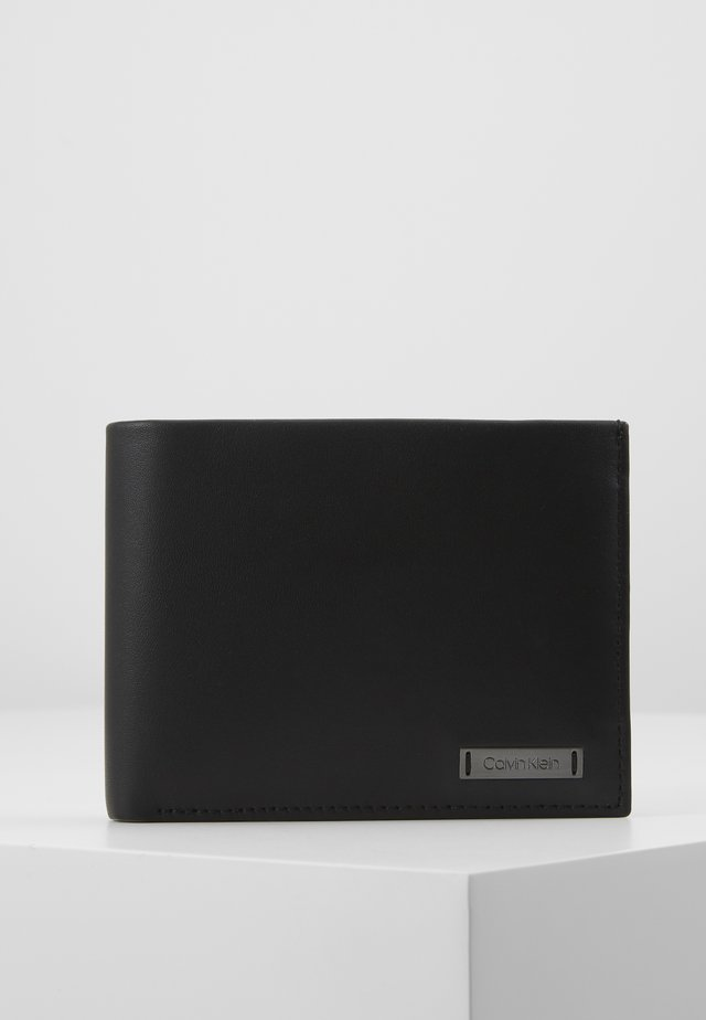 SMOOTH PLAQUE COIN - Wallet - black
