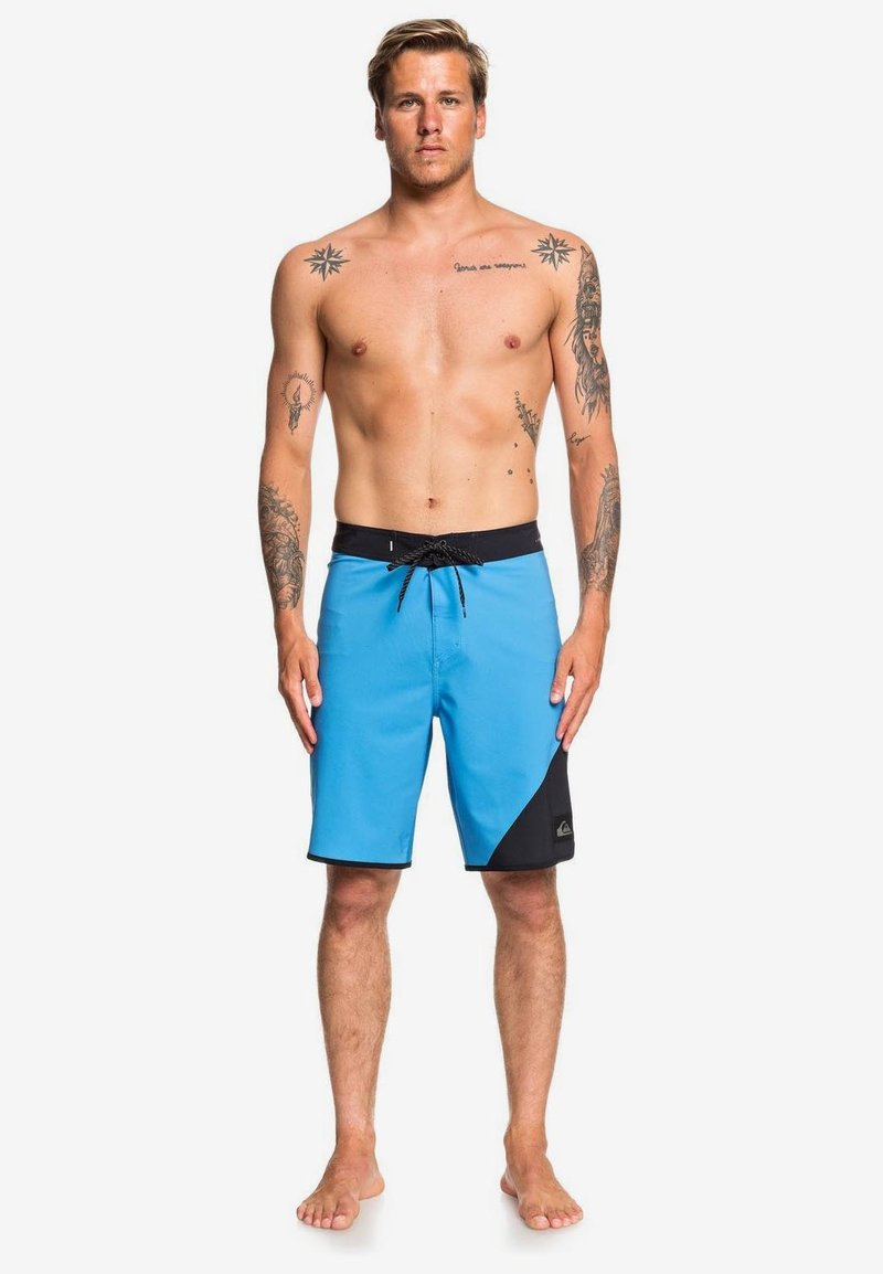 Quiksilver - Swimming shorts - blue