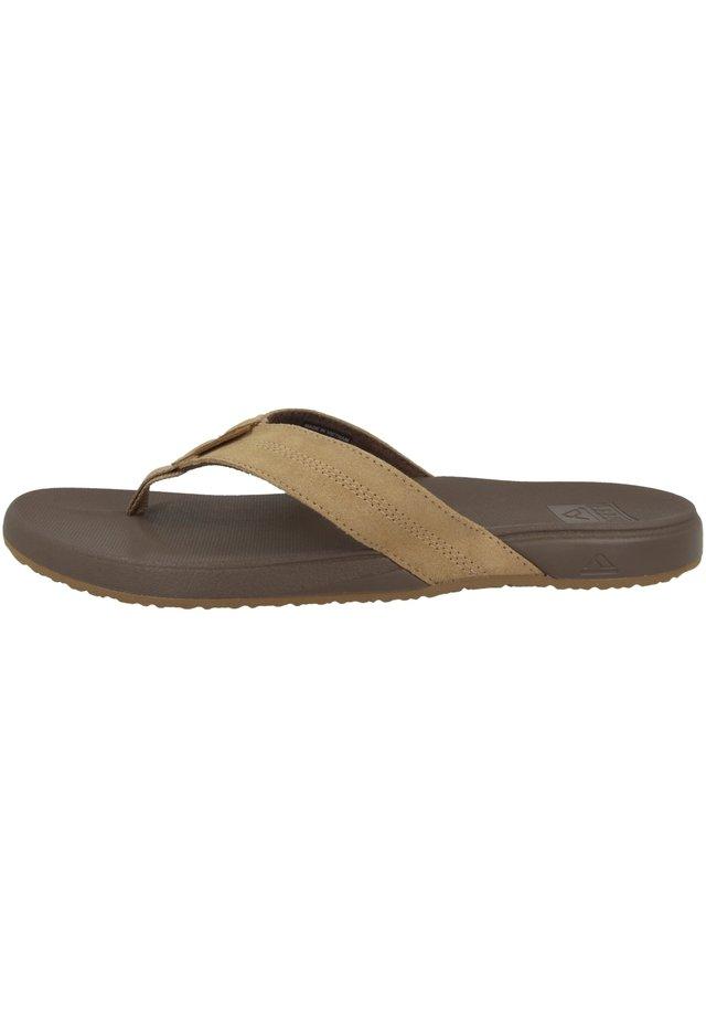 CUSHION BOUNCE PHANTOM LE - Pool shoes - bronze (rf0a3fezbrz)