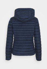 GANT - LIGHT JACKET - Down jacket - evening blue - 2