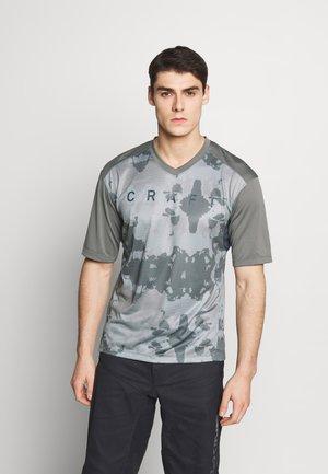 HALE - Print T-shirt - cinder