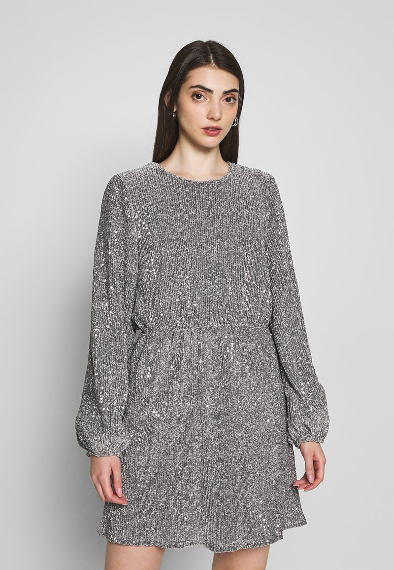 Nly by Nelly - BALLOON SLEEVE DRESS - Sukienka koktajlowa - silver