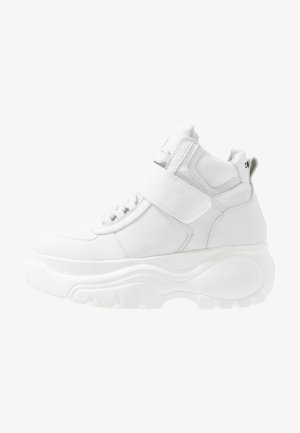 HESTI - Höga sneakers - white