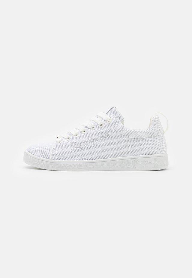 BROMPTON  - Sneakersy niskie - white
