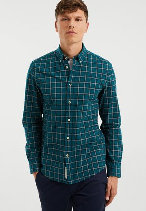 SLIM FIT - Shirt - moss green