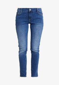 s.Oliver - SHAPE - Slim fit jeans - blue/stone wash - 4