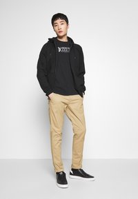 Abercrombie & Fitch - BASIC - Chinos - beige - 1