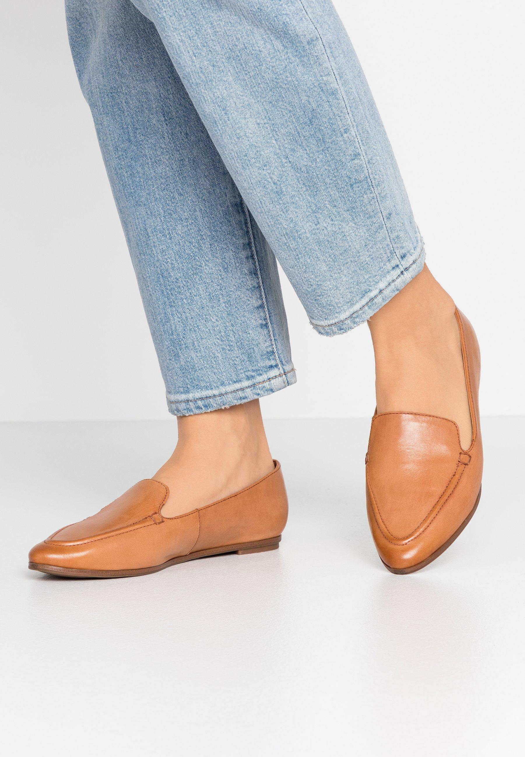 GUSSA Slip ins brown