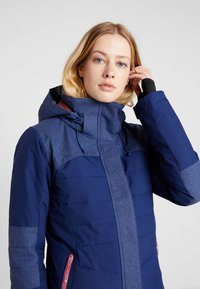 Roxy - DAKOTA - Snowboard jacket - medieval blue - 4