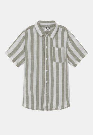 RESORT - Shirt - swag green