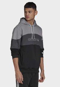 adidas Originals - BX-2O HOODIE - Hoodie - grey - 2
