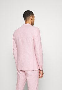 Isaac Dewhirst - PLAIN WEDDING - Suit - pink - 3