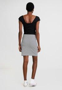 edc by Esprit - BEACH SKIRT - Mini skirt - off white - 2