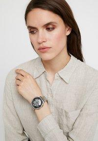 Casio - Reloj digital - silver-coloured - 1