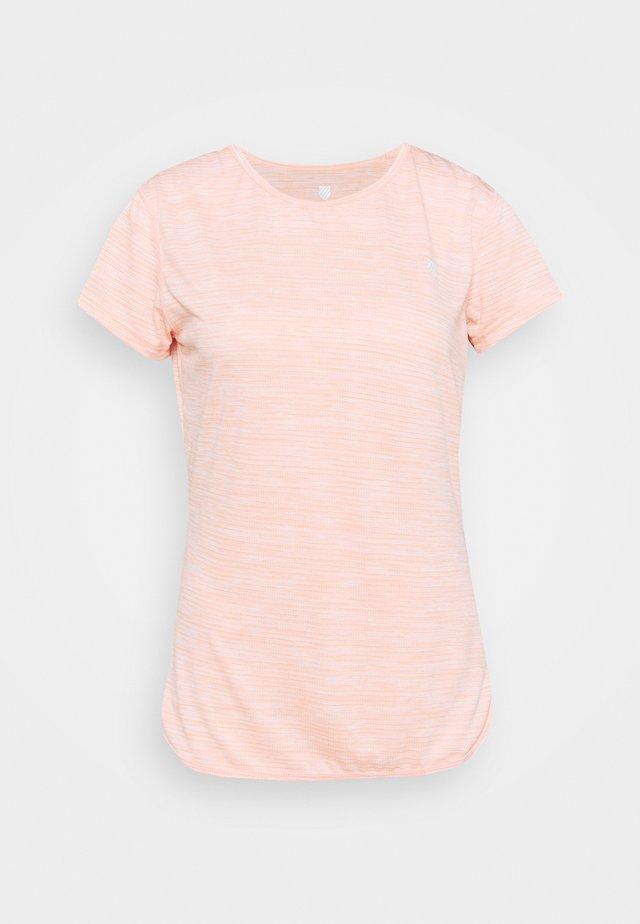 HYPERCOURT CAP SLEEVE - Triko spotiskem - peach melange