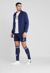 adidas Performance - PARMA PRIMEGREEN FOOTBALL 1/4 SHORTS - Korte sportsbukser - dark blue/white - 1
