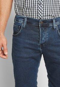 Mustang - CHICAGO  - Denim shorts - denim blue - 3