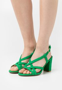Cosmoparis - VICCI - Sandals - vert - 0