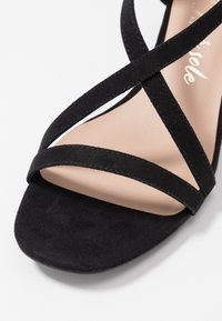 New Look Wide Fit - WIDE FIT RULIE MULTI STRAP BLOCK HEEL  - Sandaler - black - 2