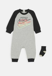 Nike Sportswear - FUTURA COVERALL SOCK ATTACHMENT - Combinaison - stone heather - 0
