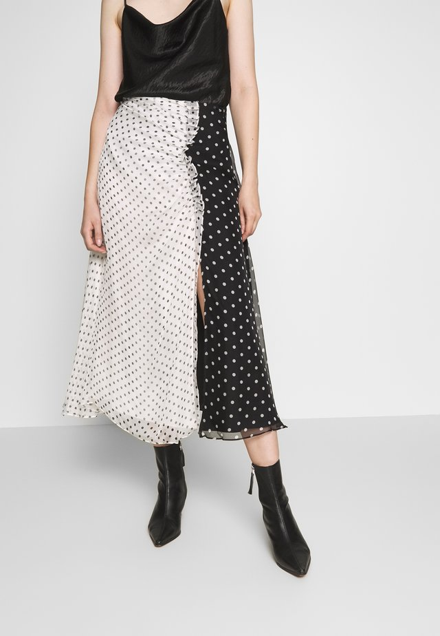 POLKA GATHERED MIDI SKIRT - A-linjainen hame - white/ black