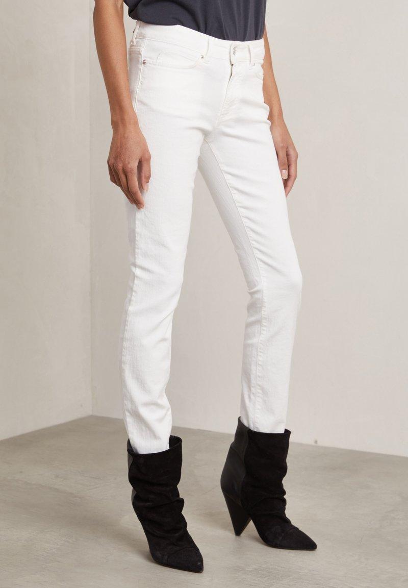 Hunkydory - Slim fit jeans - frosty chalk