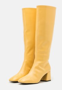 Monki - VEGAN PATTIE BOOT - Vysoká obuv - yellow - 2