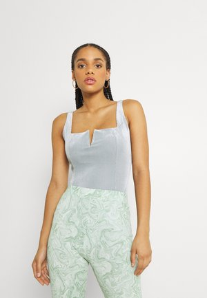 SQUARE NECK NOTCH FRONT SLEEVELESS BODYSUIT WITH LOW SCOOP - Top - light blue