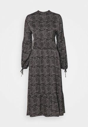 BECCA ARY DRESS - Robe longue - black
