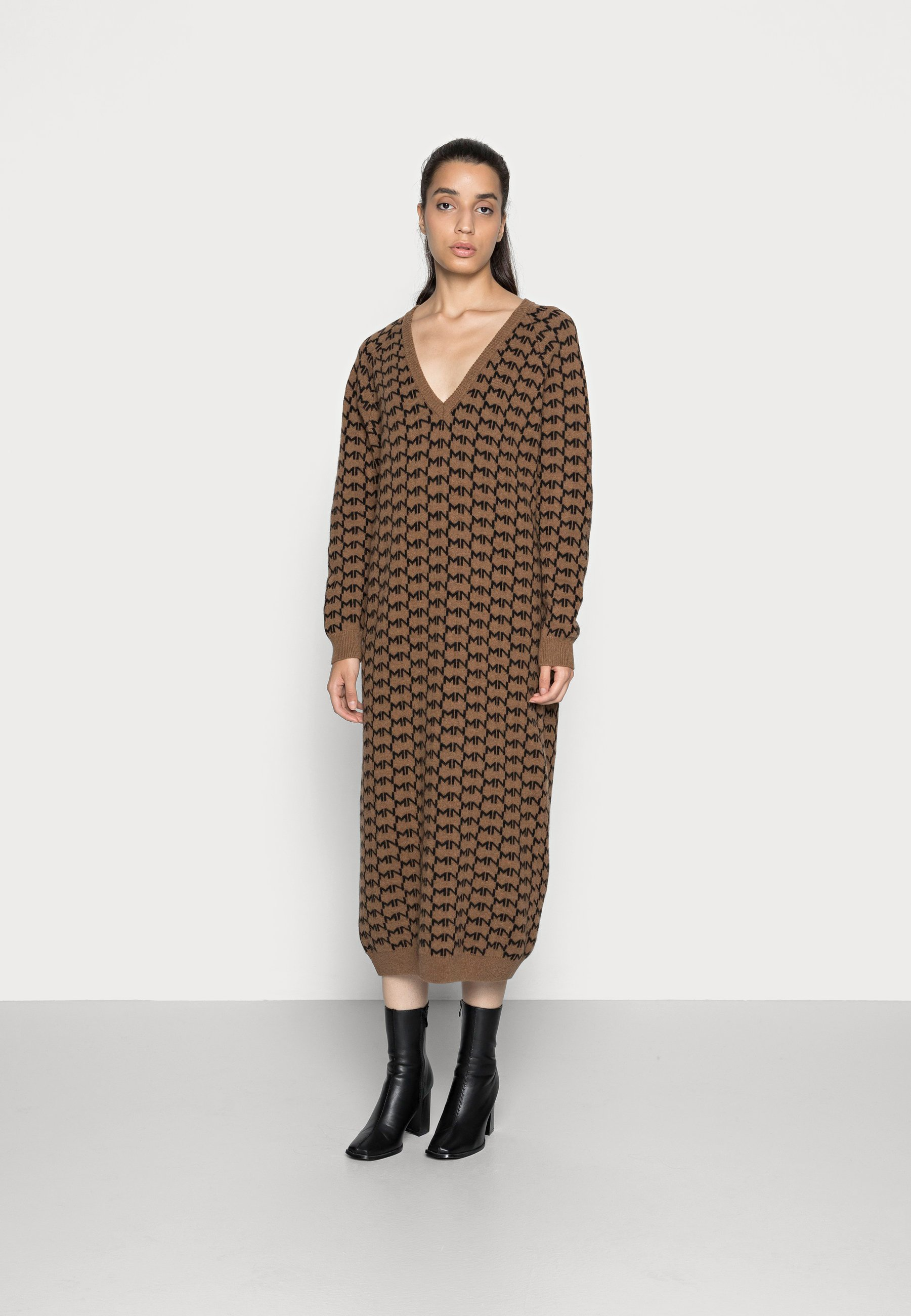 Women DELTA LOGO DYNAMO - Jumper dress