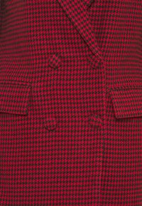 Missguided - DOGTOOTH BLAZER DRESS - Vestido informal - red - 2