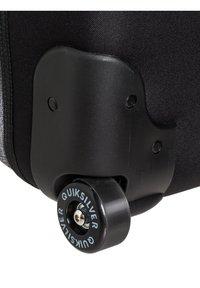 Quiksilver - QUIKSILVER™ NEW REACH 100L - EXTRAGROSSER KOFFER MIT ROLLEN EQYBL - Wheeled suitcase - light grey heather - 4