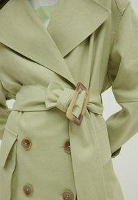 EDITED - Trenchcoat - grün - 3
