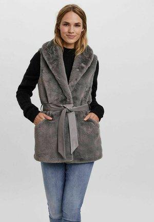 Liivi - frost gray