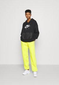 Nike Sportswear - AIR HOODIE - Mikina skapucí - black/white - 1