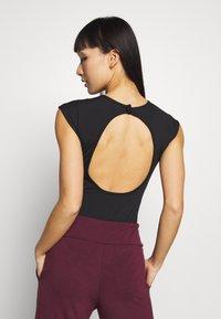 South Beach - NECK LEOTARD - trikot na gymnastiku - black - 2