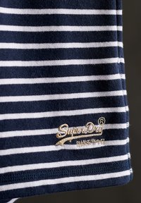 Superdry - CLASSIC  - Shorts - navy stripe - 2