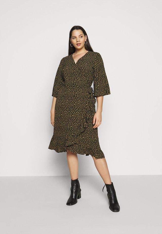 CARLUXIVY 3/4 WRAP CALF DRESS - Korte jurk - black