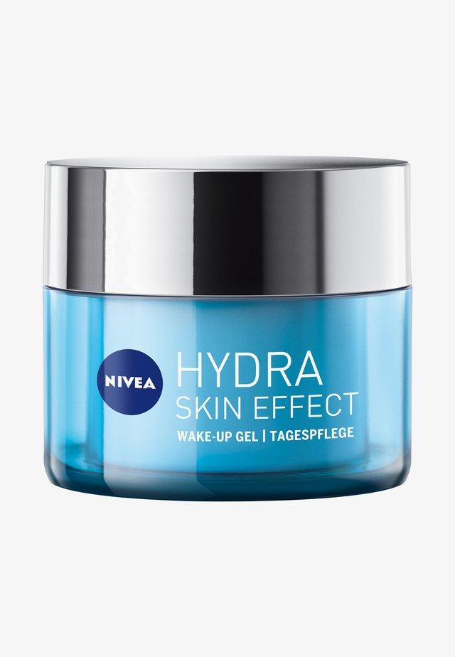 HYDRA SKIN EFFECT WAKE-UP GEL DAY CARE - Dagcrème - -