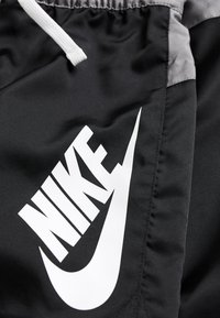 Nike Sportswear - Shorts - black/gunsmoke/white - 2